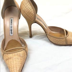 Manolo blahnik women's tan pumps size 38.5